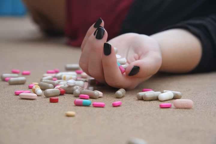 Addiction to Mania?
